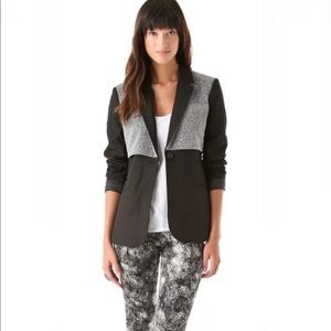 NWOT Elizabeth and James metallic overlay and black one button blazer size 8